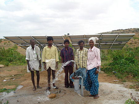 SOLAR PANELS WATER PUMPING